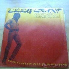 Discos de vinilo: EDDY GRANT.CAMINANDO SOBRE EL SOL.1979.MOVIEPLAY.. Lote 37440084