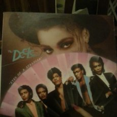 Discos de vinilo: DISCO VINILO - THE DEELE - EYES OF A STRANGER - MAXI SINGLE - AÑOS 80. Lote 37746924