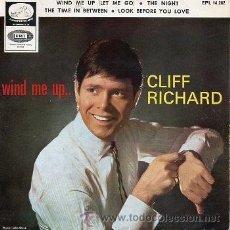 Discos de vinilo: CLIFF RICHARD 7' EP, WIND ME UP (LET ME GO) +3, SPANISH EDIT. Lote 37852377