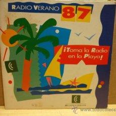 Discos de vinilo: RADIO VERANO 87. TOMA LA RADIO EN LA PLAYA.SINGLE PROMO CADENA CATALANA. IMPECABLE. ****/****. Lote 38110860