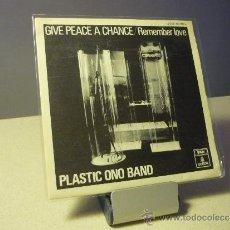 Discos de vinilo: PLASTIC ONO BAND GIVE PEACE A CHANCE. Lote 38206914