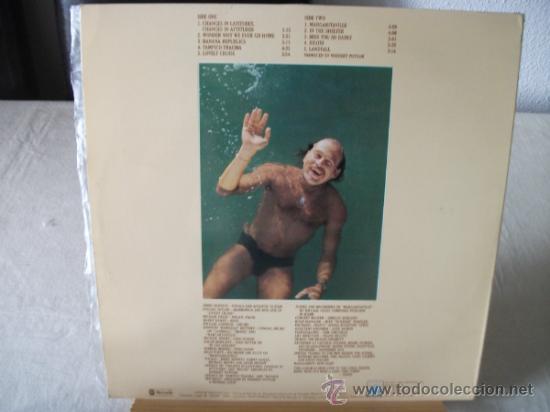 Discos de vinilo: LP DE JIMMY BUFFETT, CHANGES IN LATITUDES, CHANGES IN ATTITUDES, DOBLE CARPETA AÑO 1977 - Foto 2 - 38631550