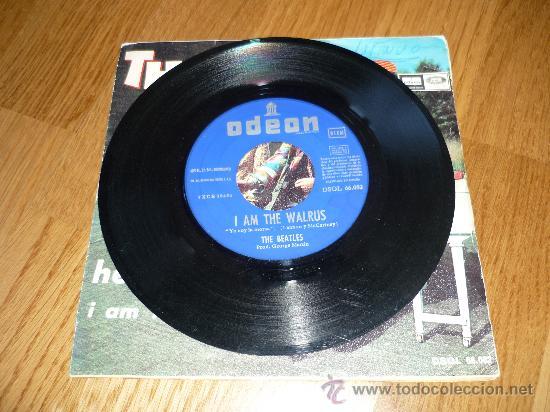 Discos de vinilo: DISCO BEATLES SINGLE HELLO GOODBYEI AM THE WALRUS - Foto 2 - 39175506
