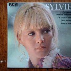 Discos de vinilo: SYLVIE VARTAN - ON A TOUTES BESOIN D´UN HOMME + 3. Lote 39419808