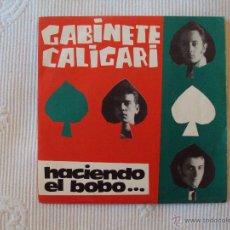 Discos de vinilo: GABINETE CALIGARI, HACIENDO EL BOBO (3 CIPRESES 1985) SINGLE PROMOCIONAL. Lote 39599090
