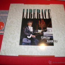Discos de vinilo: LIBERACE CONCERT FAVOURITES LIBERACE AT THE PIANO LP. Lote 40090839