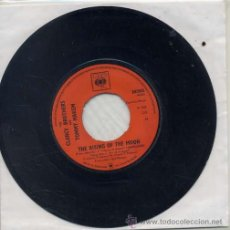 Discos de vinilo: THE CLANCY BROTHERS & TOMMY MAKEM / THE RISING OF THE MOON / WILD ROVER (SINGLE 1965 INGLES). Lote 41030360