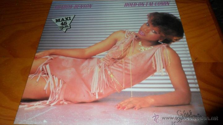 SHARON BENSON - HOLD ON I'M COMIN' / IN YOUR EYES (Música - Discos de Vinilo - Maxi Singles - Funk, Soul y Black Music)