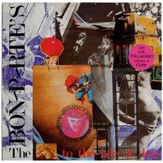 Discos de vinilo: THE BONAPARTE'S - ...TO THE ISLE OF DOGS - LP SPAIN 1986 - GRIND E-30.1173 - THE CURE. Lote 41681100