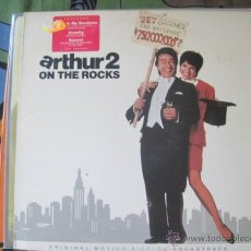 Discos de vinilo: BSO - ARTHUR 2 ON THE ROCKS - LP A&M USA 1988. Lote 43034640