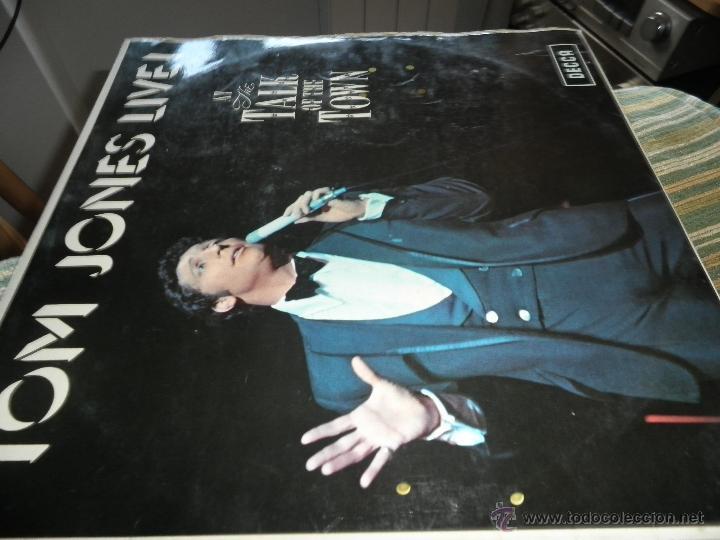 Discos de vinilo: TOM JONES - AT TALK OF THE TOWN LP - ORIGINAL INGLES - DECCA RECORDS 1967 UNBOXED RED LABEL MONO - Foto 8 - 43924653