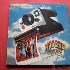 Discos de vinilo: MODESTIA APARTE HISTORIAS SIN IMPORTANCIA LP MERCURY DE 1991 CON ENCARTES. Lote 44015643