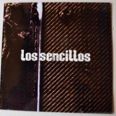 Discos de vinilo: LOS SENCILLOS - NADA ES COMO LOVES/DOS MINUTOS DE GLORIA (ARIOLA MX 1995) SPÑ. Lote 44025351