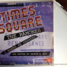 Discos de vinilo: THE RAMONES SG. I WANNA BE SEDATED+ THE RETURN OF JACKIE & JUDY FILM TIMES SQUARE. Lote 44224929