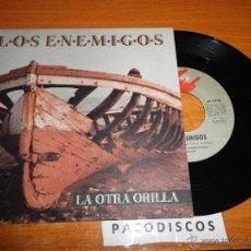 Discos de vinilo: LOS ENEMIGOS LA OTRA ORILLA / EL LADO OSCURO DE MI CABEZA SINGLE DE VINILO 1991 JOSELE SANTIAGO RARO. Lote 45140662