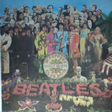 Discos de vinilo: THE BEATLES - SGT. PEPPERS LONELY HEARTS CLUB BAND - EDICIÓN 1976 DE ESPAÑA - LABEL PLATEADO Y ROJO. Lote 45358265