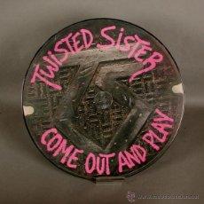 Discos de vinilo: PICTURE LP. DISCO DE VINILO. TWISTED SISTER - COME OUT AND PLAY. 1985. LIMITED EDITION.. Lote 45442303