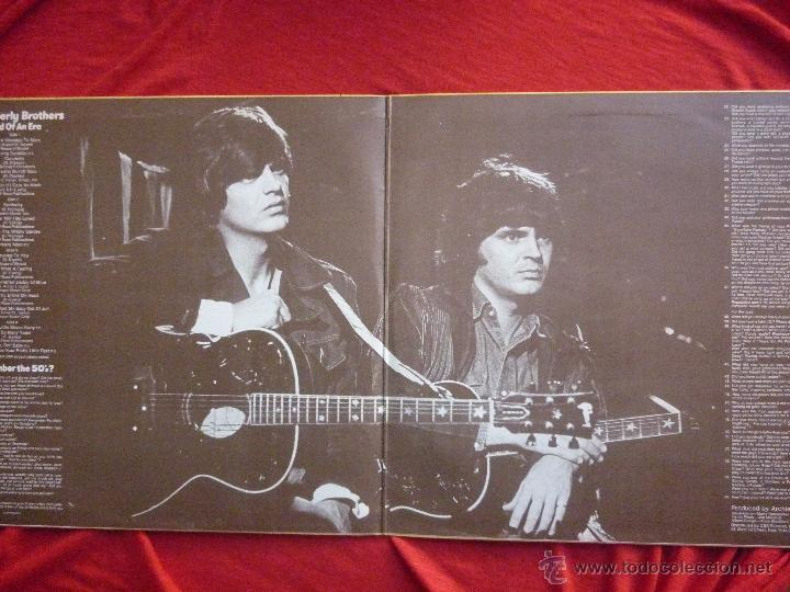 Discos de vinilo: LP DOBLE (2 DISCOS) - THE EVERLY BROTHERS (END OF AN ERA) - CBS, 1986 - Foto 3 - 45675871