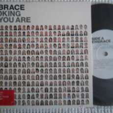 Discos de vinilo: EMBRACE - '' LOOKING AS YOUR ARE '' SINGLE 7'' METALLIC VINYL UK LIMITED EDITION. Lote 45920059