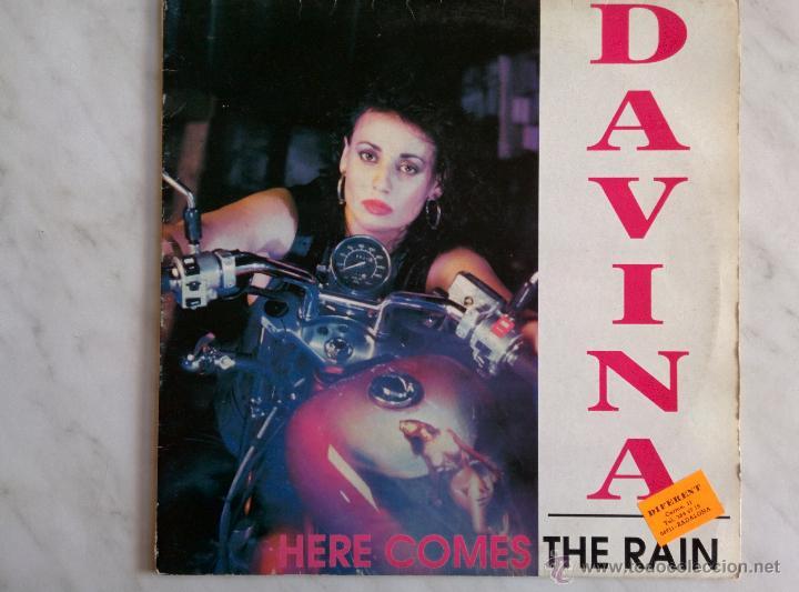 DAVINA. HERE COMES THE RAIN. (Música - Discos de Vinilo - Maxi Singles - Disco y Dance)