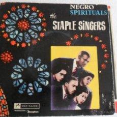 Discos de vinilo: STAPLE SINGERS - NEGRO SPIRITUALS - I'M SO GLAD + 3 EP 1960 VINILO AZUL. Lote 46132004
