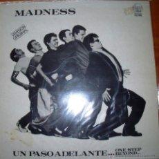 Discos de vinilo: MADNESS - UN PASO ADELANTE - 1980. Lote 46597575