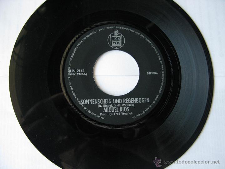Discos de vinilo: MIGUEL RIOS. Sonnenschein Und RegenBogen/Jeder Tag Mit Dir. Single. Made in Holland.Hispavox HN 2142 - Foto 4 - 46774359