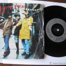Discos de vinilo: SALT 'N' PEPA. SHOOP-DANNY D'S RADIO MIX/LET'S TALK ABOUT AIDS. 1993 LONDON RECORDS F219 857 316-7. Lote 46925050