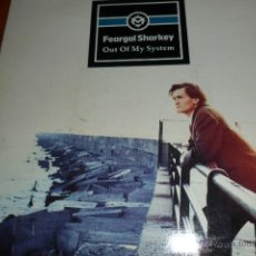 Dischi in vinile: FEARGAL SHARKEY - OUT OF MY SYSTEM / A TOUCH OF BLUE .- SINGLES A 0,90 . Lote 47091745