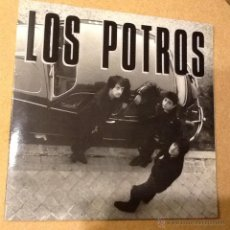 Discos de vinilo: LOS POTROS - BLACK LIGHT. Lote 47418729