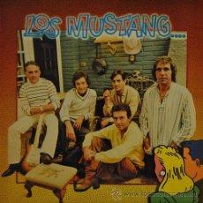 Discos de vinilo: LOS MUSTANG - LP DE VINILO DE 1980 FIRMADO POR SANTI CARULLA EL CANTANTE . Lote 47509357