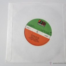 Discos de vinilo: BEN E. KING/COASTERS - STAND BY ME/YAKETY YAK 1961/1958 UK SINGLE. Lote 47859051
