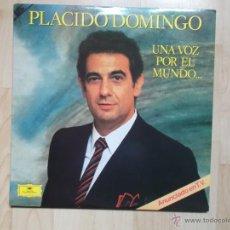 Discos de vinilo: PLACIDO DOMINGO UNA VOZ POR EL MUNDO - 1984 - DEUTSCHE GRAMMOPHON 2LPS. Lote 48456276
