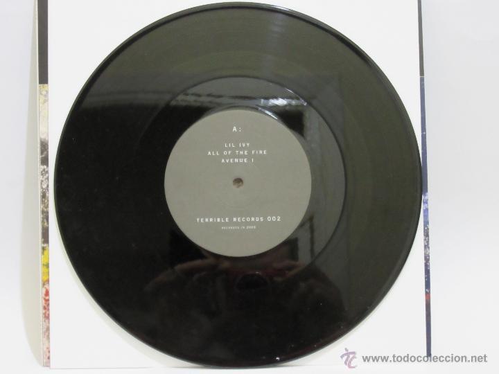 Discos de vinilo: Acrylics - All Of The Fire - USA - EP - Terrible Records - 2009 - EX+/NM+ - Foto 3 - 48529317