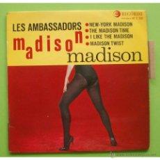 Discos de vinilo: LES AMBASSADORS AVEC JEAN LECCIA ?– NEW-YORK MADISON / I LIKE THE MADISON - SINGLE RICORDI FRANCE. Lote 48963452