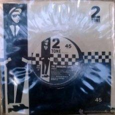 Discos de vinilo: SWINGING CATS. AWAY/ MANTOVANI. TWO TONE, UK 1980 SINGLE ORIGINAL. Lote 48996086