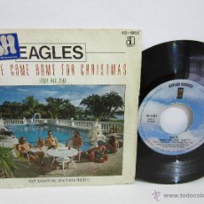 Discos de vinilo: EAGLES - PLEASE COME HOME FOR CHRISTMAS / FUNKY NEW YEAR - 1978 - SPAIN - VG+/VG. Lote 49146946