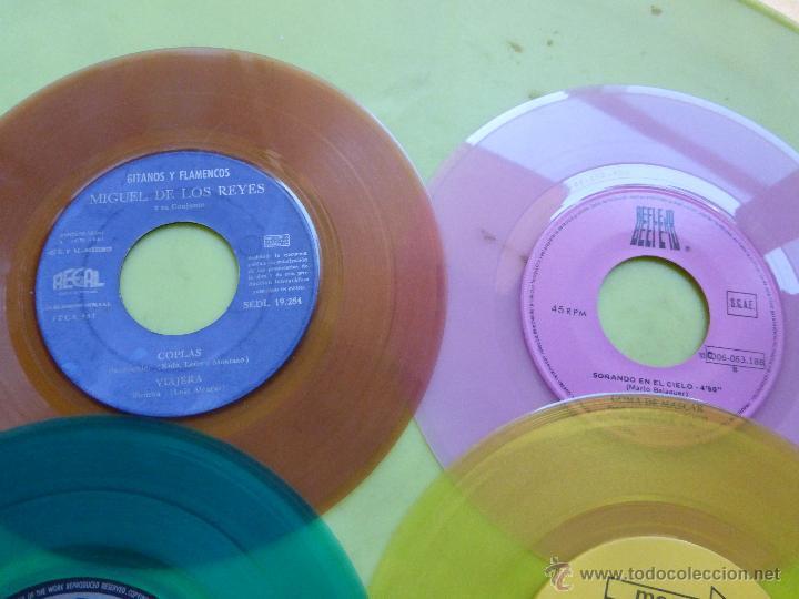 Discos de vinilo: LOTE DE 6 SINGLES DE DIFERENTES COLORES-DISCO SINGLE DE COLOR-VINTAGE-INTERESANTE PARA DECORACIÓN - Foto 10 - 49420956