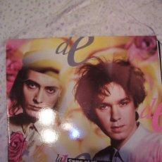 Discos de vinilo: LA DAMA SE ESCONDE TERCER LP COGE EL VIENTO. Lote 49791930