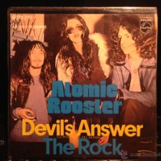 Discos de vinilo: ATOMIC ROOSTER SG. DEVIL´S ANSWER + THE ROCK. Lote 50004003