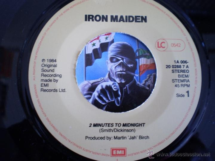 Discos de vinilo: IRON MAIDEN. TWO MINUTES TO MIDNIGHT. ORIGINAL DE 1984. - Foto 2 - 50104371