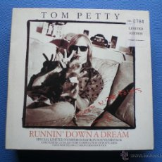 Discos de vinilo: TOM PETTY RUNNIN´DOWN A DREAM SINGLE UK 1989 PACKCAGE ESPECIAL LIMITADA EDITION PDELUXE. Lote 50126603