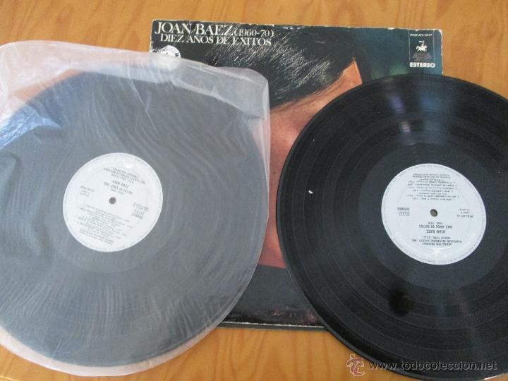 Discos de vinilo: JOAN BAEZ ( 1960/70). DIEZ AÑOS DE EXITO. DOS DISCOS. HISPA VOX. - Foto 11 - 50328233
