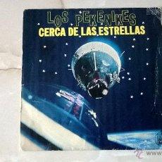 Discos de vinilo: SINGLE, LOS PEKENIKES CERCA DE LAS ESTRELLAS 1968. Lote 50369136