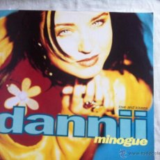 Discos de vinilo: MAXI DANNII MINOGUE-LOVE AND KISSES. Lote 50481571
