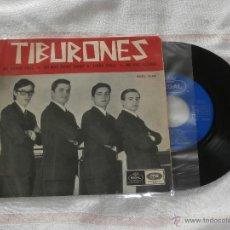 Discos de vinilo: LOS TIBURONES 7´EP ME SIENTO FELIZ + 3 TEMAS (1965) BUENA CONDICION **MUY RARO**. Lote 50700020