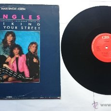 Discos de vinilo: BANGLES - WALKING DOWN YOUR STREET / RETURN POST (MAXI 1986). Lote 50855202