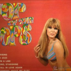 Discos de vinilo: LP TOP OF THE TOPS ( THE RAVERS, THE YOUNG IDEA, SHANE, THE DISC CARDS, THE SEVEN LEAN YEARS, ETC. Lote 51475056