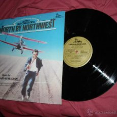 Discos de vinilo: NORTH BY NORTHWEST-CON LA MUERTE EN LOS TALONES LP BANDA SONORA B.HERRM ANN LAURIE JOHNSON. Lote 51482010