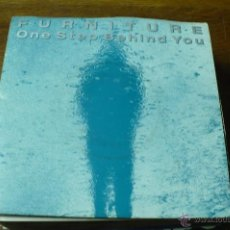 Discos de vinilo: FURNITURE, ONE STEP BEHIND YOU, IT CONTINUES, DEL 1990.. Lote 51654459